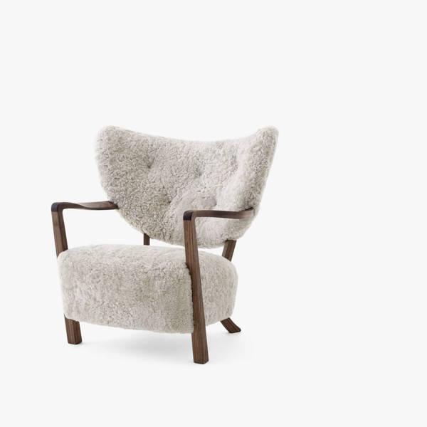 Wulff Lounge Chair - Walnut - Sheepskin Moonlight